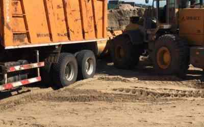 Доставка песка щебня и других сыпучих грузов до 35 - Астрахань, цены, предложения специалистов
