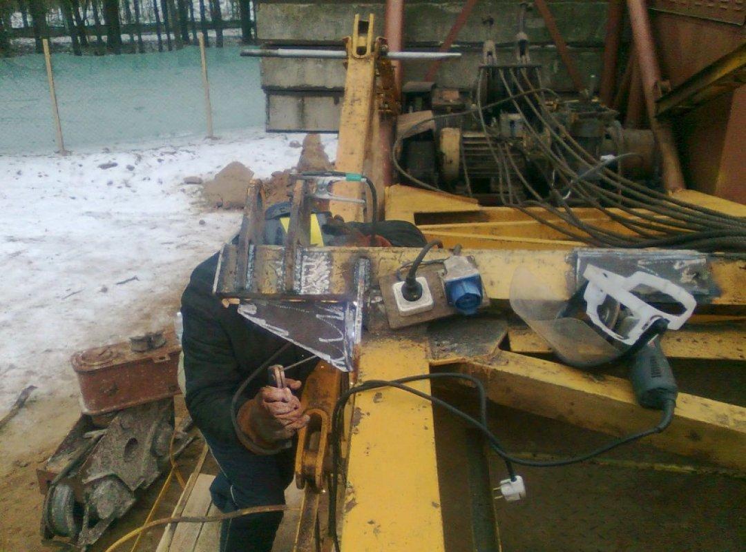 Ремонт башенных кранов оказываем услуги, компании по ремонту