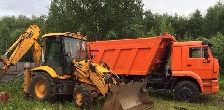 Услуги самосвала и экскаватора погрузчика JCB - Астрахань
