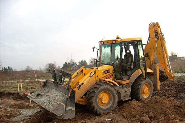 Планировка грунта, копка, рытье и гидромолота - Астрахань, цены, предложения специалистов